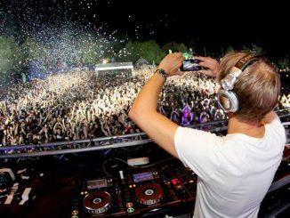 Armin van Buuren vydává nové EP a na Mácháči předvede minimálně dvouhodinovou show!