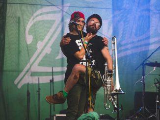 The Miženko Brothers poščipala punková Murena.