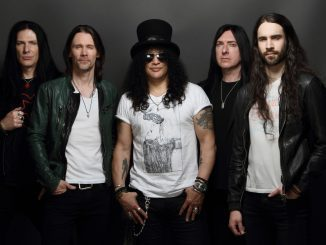 SLASH vydal nový album Living The Dream!