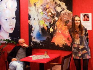 Talentovaná Michalovčanka zbiera sny svojich kamarátov, Alžbeta Meňkyová vystavuje po Prahe aÚstí nad Labem aj vkošickom Fashion Point Café.
