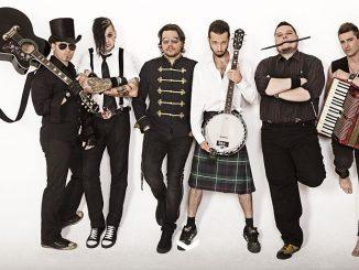 Dvě maďarské kapely nabité folk punkovou energií vystoupí na podzim v Praze.