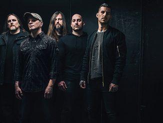 Skupina All That Remains i přes tragickou událost vystoupí v Praze.