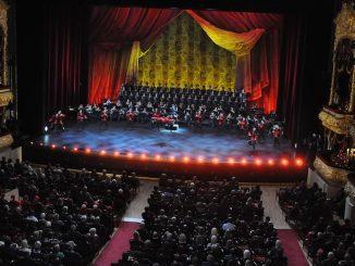 Alexandrovcov vlegendárnom Boľšoj teatr pozdraviliaj Irina Rodninová a Vladislav Treťjak.