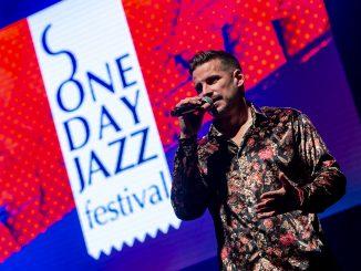 ONE DAY JAZZ Festival oslávil desiate narodeniny kvalitnou hudbou, Richard Bona potešil sofistikovanou hrou na basgitaru!