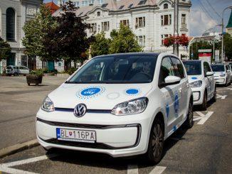 Počas decembra sa známe osobnosti zmenia na taxikárov. Za lepšie Slovensko.