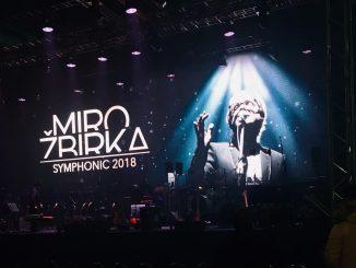 Po symfonických koncertoch sa Miro Žbirka teší na Vianoce srodinou a oslavu štyridsiatky na scéne.