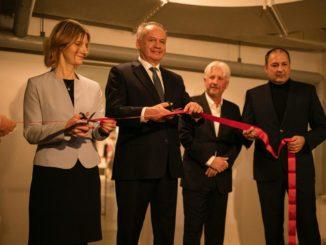 Vernisáž výstavy kostýmov k filmu Sklenená izba otvoril prezident SR Andrej Kiska!