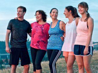Ženy vbehu: Komédie o ženách, ktoré sa neboja vybehnúť šťastiu vústrety.