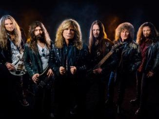 Skupina Whitesnake vydala singel Shut Up & Kiss Me a prezradila novinky o novom albume.