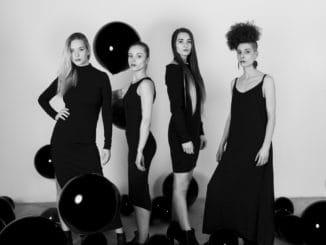Pozrite si debut výlučne ženskej kapely z východu.