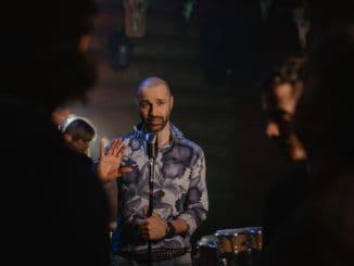 """Robo Opatovský zverejnil krátky film zo zákulisia nakrúcania klipu """"Tancuj""""!"""