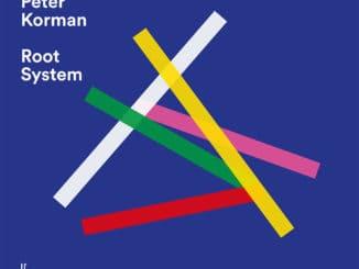 Džezový kontrabasista Peter Korman debutuje nahrávkou Root System.