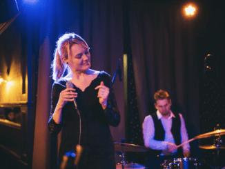 Veronika Moudrá & The Band vydali nové album Everybody knows.