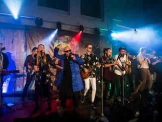 Debutový album skupiny Sematam pokrstil King Ivan trblietkami, kapela ho predstaví na turné!
