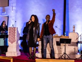 Natascha Wright a Alfred McCrary zopakujú úspešné vianočné koncerty V rámci turné sa zastavia v siedmich slovenských mestách.