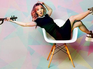 Houslistka a hudební inovátorka Lindsey Stirling už zítra v Praze. Přiveze výpravnou show nejen o mytické bohyni Artemis.