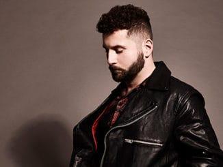 V sobotu se bude se tančit. Na Grammy nominovaný producent a zpěvák Elderbrook vystoupí v pražském Futuru.