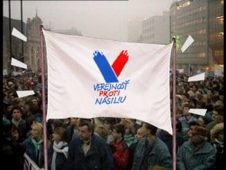 Nový dokumentárny cyklus Fetiše Nežnej revolúcie.