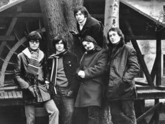 Druhý album skupiny Olympic Pták Rosomák vychádza vjubilejnej reedíciina LP a s9-timi bonusmi na CD.