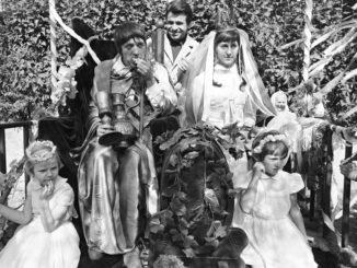 VKošiciach sa slávnostne premietne digitálne reštaurovaný film Slávnosť vbotanickej záhrade.