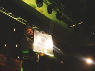 Štefan Štec získal dvojnásobnú platinovú platňu a vydáva nový album!