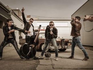 Z hudobných rivalov sa stali parťáci, prichádza nová rockabilly kapela The Crownies.