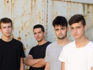 VIRVAR vydal nový singel Svetlá lámp.