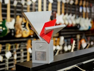 YouTube prvý raz vČesku a Slovensku vyhlasoval YouTube Works Najlepší YouTube kanál majú Kytary.sk.