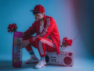 Štyri tracky, ktoré vás rozsekajú. Jimmy Pé vydáva nové EP Street Circus.
