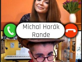 Michal Horák na virtuálnom rande. Vnovom klipe koketuje na sieti sBerenikou Suchánkovou.