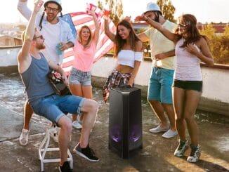 Urobte si súkromnú diskotéku so Samsung Party audio.