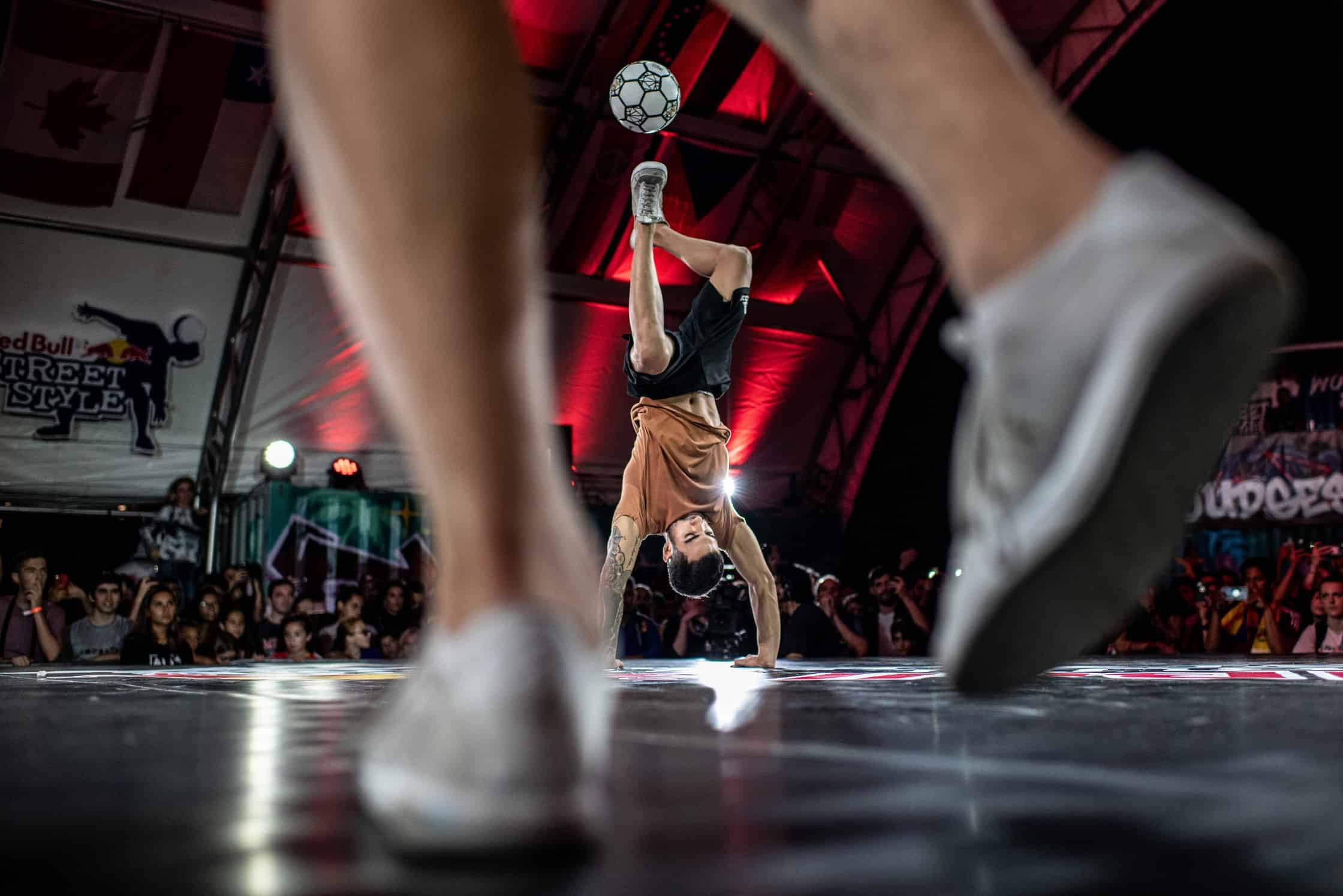 """Ricardinho"" Chahini de Araujo (C) of Brazil competes during the Red Bull Street Style World Final at Wynwood Marketplace, Miami, USA on November 15, 2019 // Dean Treml/Red Bull Content Pool // AP-226VPB8U91W11 // Usage for editorial use only //"