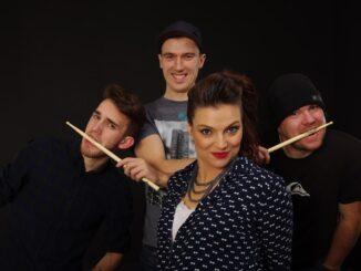Lady Praga uvede nový singl 2+1 a chystá se na Slovensko.