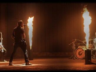 Rockeři GATE Crasher vás rozpálí novým klipem Vzpomínky.