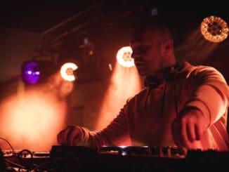 Medzinárodný úspech slovenského producenta. Robert Burian oficiálne opäť na holandskom Spinnin' Records.