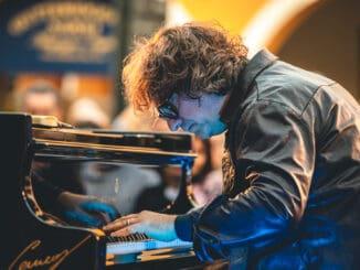 Koncertom talianskeho klaviristu Rema Anzovina vyvrcholí festival Dolce vitaj.