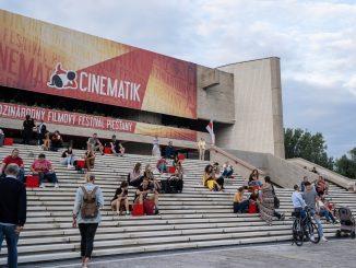 Skončil sa 15. ročník Cinematiku. Hlavné festivalové ceny získali filmy Dlhaňa a Zlatá zem.