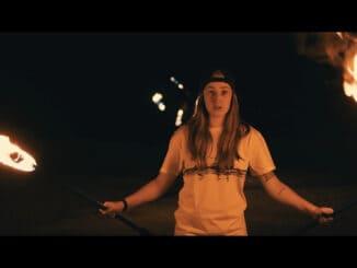Víťazka SuperStar 2020 Barbora Piešová natočila klip k jej autorskej  piesni Dážď.