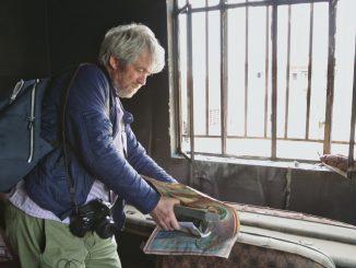 Raj na zemi sAndrejom Bánom putuje po dlho odkladanej premiére do slovenských kín.