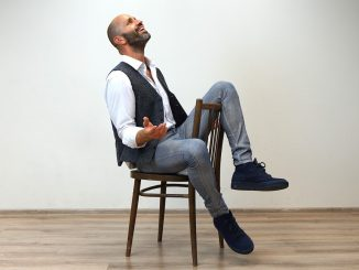 Robo Opatovský sumarizuje poslednú dekádu výberovým albumom 2020-2010 Modlím sa hudbou.