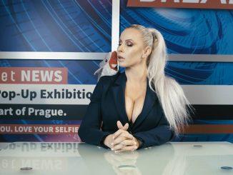"""Poznáte """"novú tvár"""" českej hudobnej scény, Adolfeena?"""