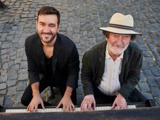 Marek Ztracený zložil a naspieval ústrednú pieseň k filmuGUMP – pes, ktorý naučil ľudí žiť.