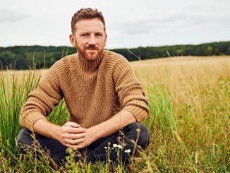 Miro Jaroš vydáva nový singel Hora, ktorého text pre neho napísala Jana Kirschner.