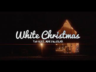 Martina Cisár aspeváčky Tya prespievali White Christmas.