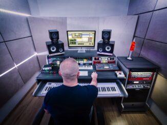 5 nových vlastných skladieb, unikátny remix aj nové štúdio.Rok 2020 očami Roberta Buriana.