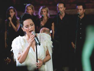 """To najlepšie zvianočných koncertov Bílé Vánoce Lucie Bílé vychádza ako """"živák""""."""