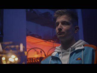 Ďalší spevácky unikát vydal svoj debutový song!Z pesničky Tomáša Benka Chvenie vám naskočia zimomriavky!