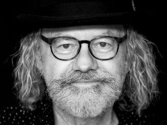 Český hudobník ONDŘEJ HEJMA si k sedemdesiatke doprial hudobný DÁREČEK.