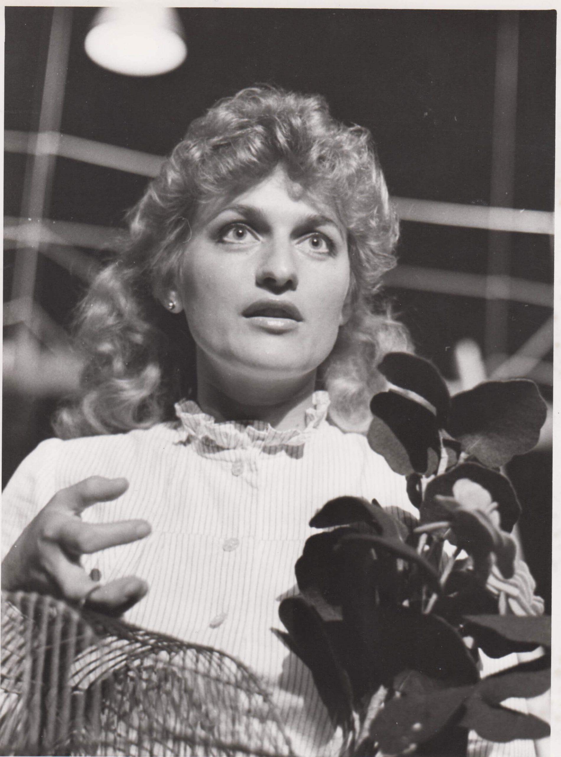 Beáta Drotárová  v inscenácii Rozkošný paroháč z roku 1982 - foto: Ondrej Béreš