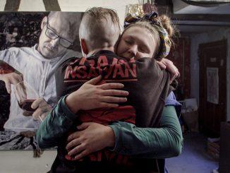 Online premiéra dokumentu omaliarke azlodejovi, ktorý jej ukradol dva najcennejšie obrazy.
